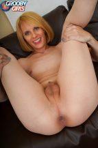 Meet Sexy Amy Nowell! (23 August 2018)