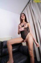 Gorgeous And Sensual Honey Gets Off! (26 December 2018)